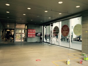 vanita-poland-exhibition center lobby